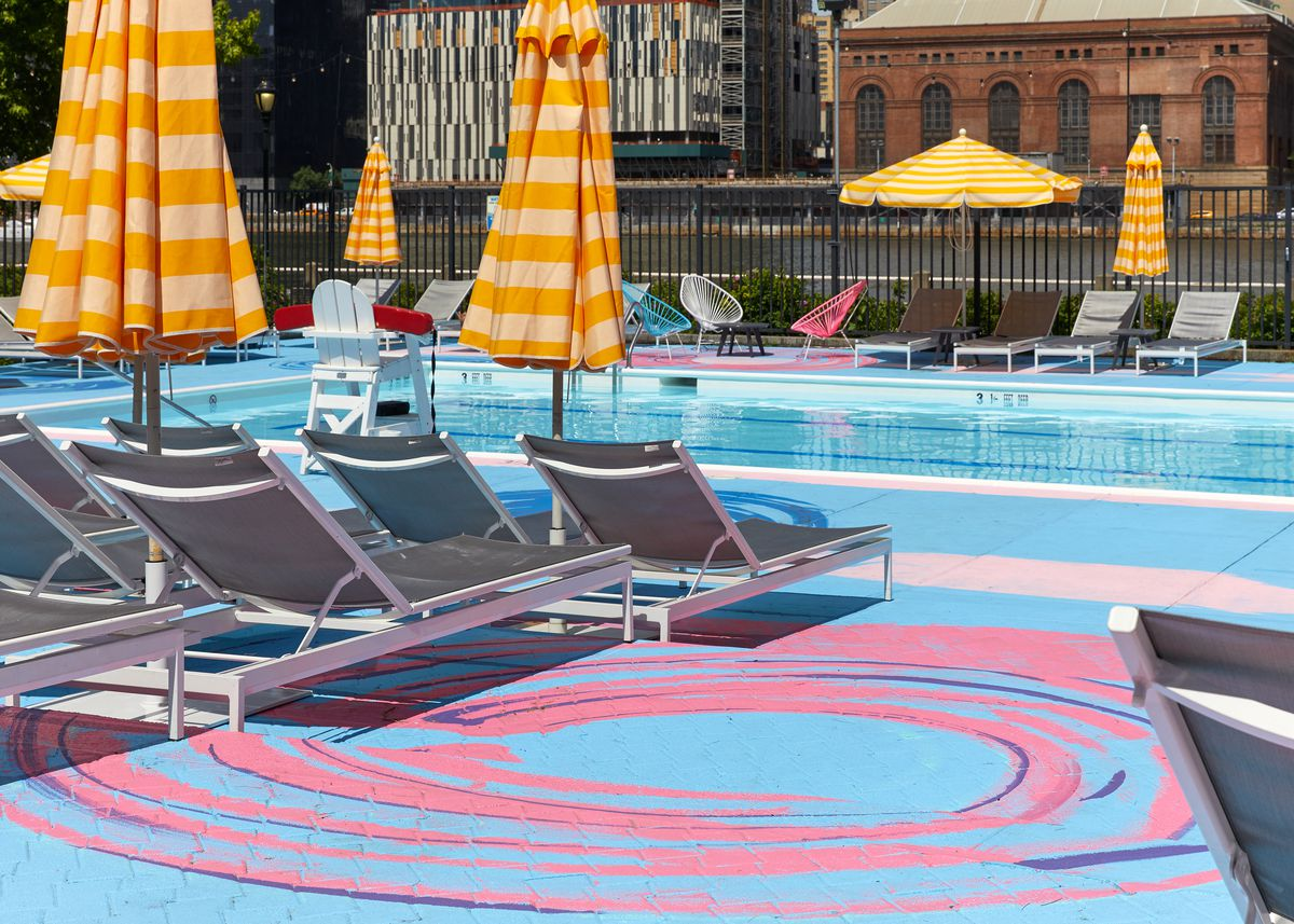 Colorful Pop Up Pools Return To Brooklyn Bridge Park Roosevelt Island Curbed Ny