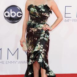 Elisabeth Moss arrives at the 64th Primetime Emmy Awards at the Nokia Theatre on Sunday, Sept. 23, 2012, in Los Angeles.