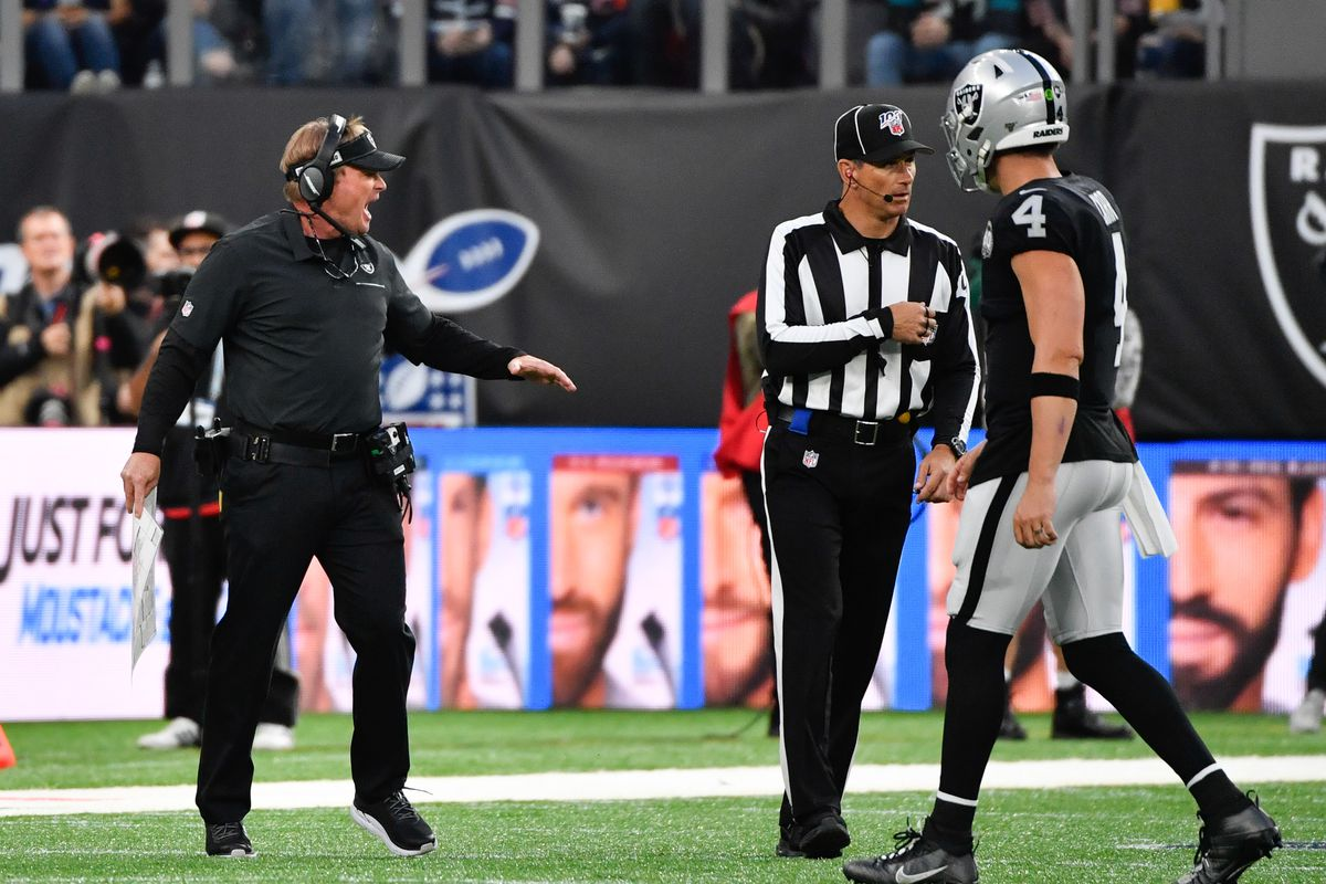 NFL: Chicago Bears at Oakland Raiders