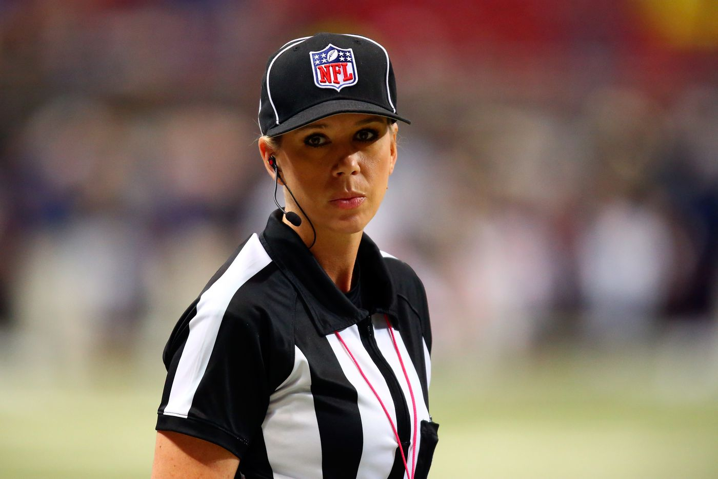 NFL referee Sarah Thomas doesn't have time for your nonsense - SBNation.com