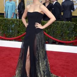 Morena Baccarin of <i>Homeland</i> in a Basil Soda gown and Jacob the Jeweler bling.