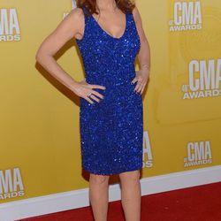 Reba McEntire looks amazing
