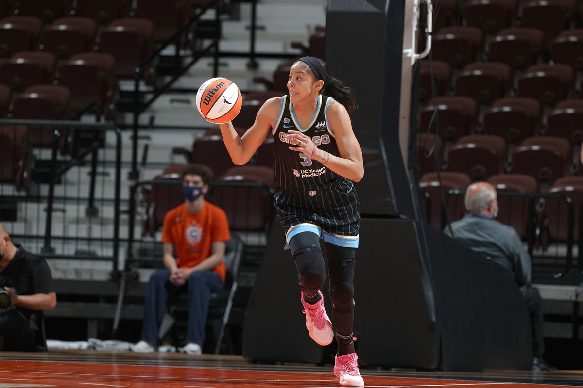 Candace Parker #3 of the Chicago Sky dribbles the ball against the Connecticut Sun on June 27, 2021 at the Mohegan Sun Arena in Uncasville, Connecticut.