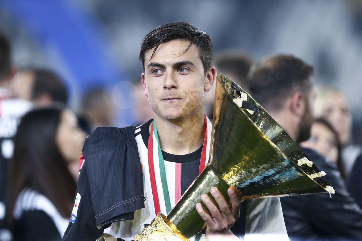 Paulo Dybala of Juventus FC celebrate the victory of Italian...