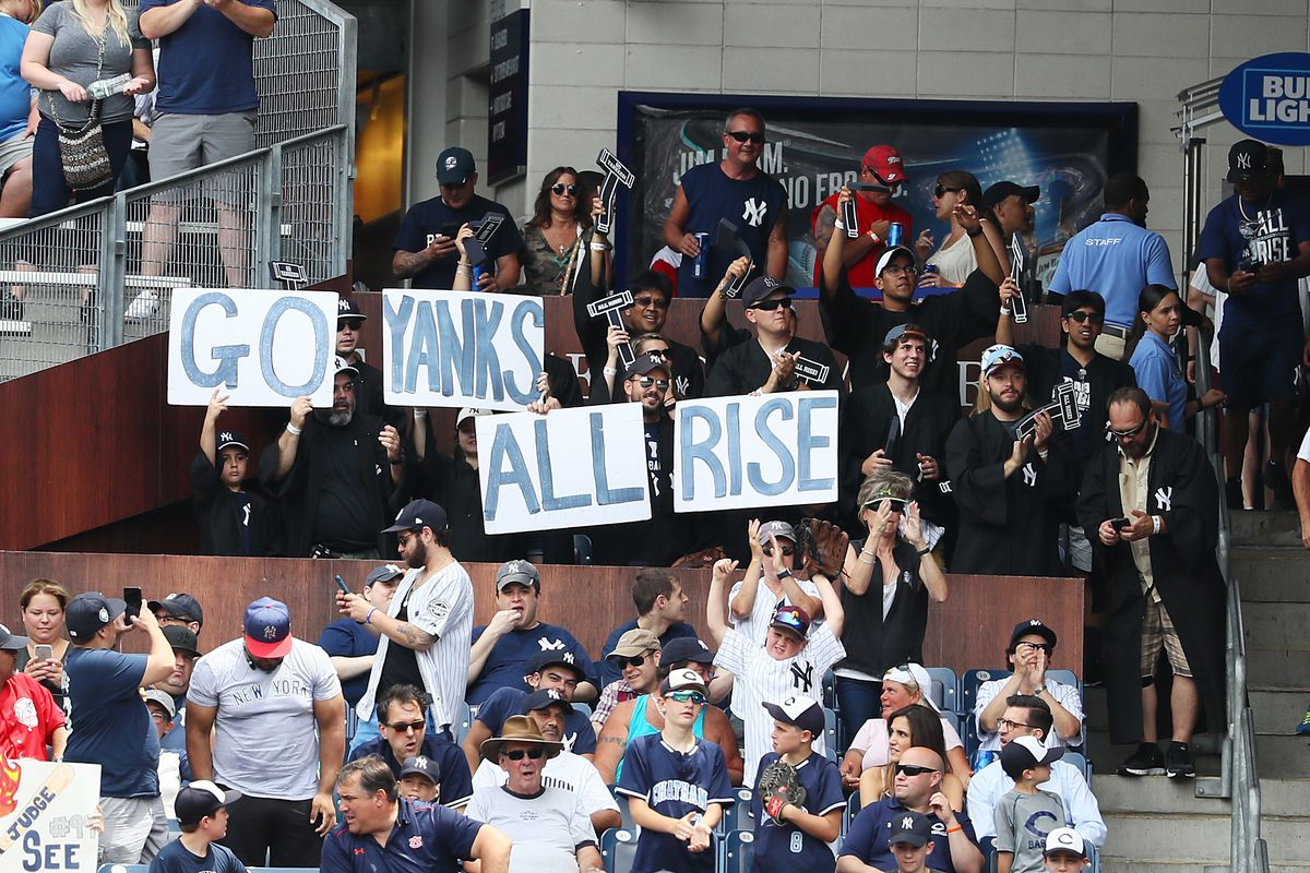 Holiday gift ideas that are perfect for Yankees fans