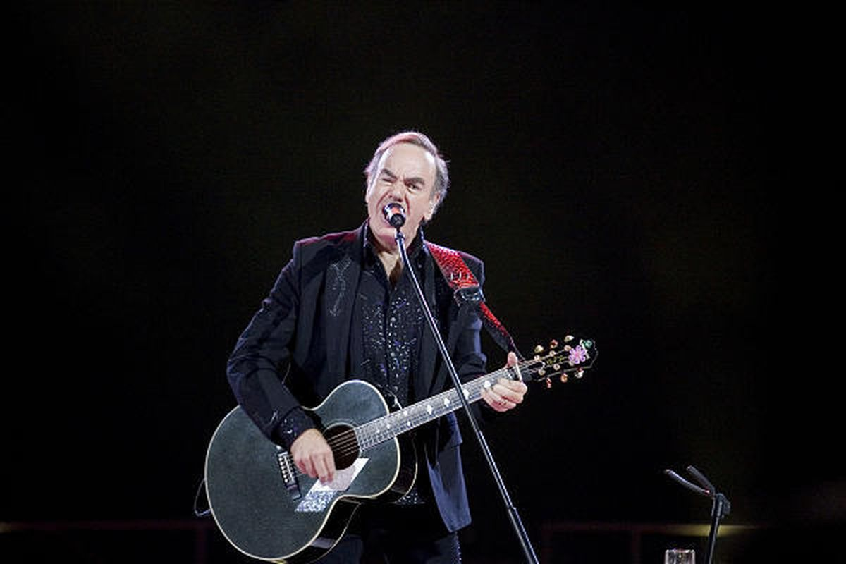 Neil Diamond delivers a show at EnergySolutions Arena on Dec. 19.