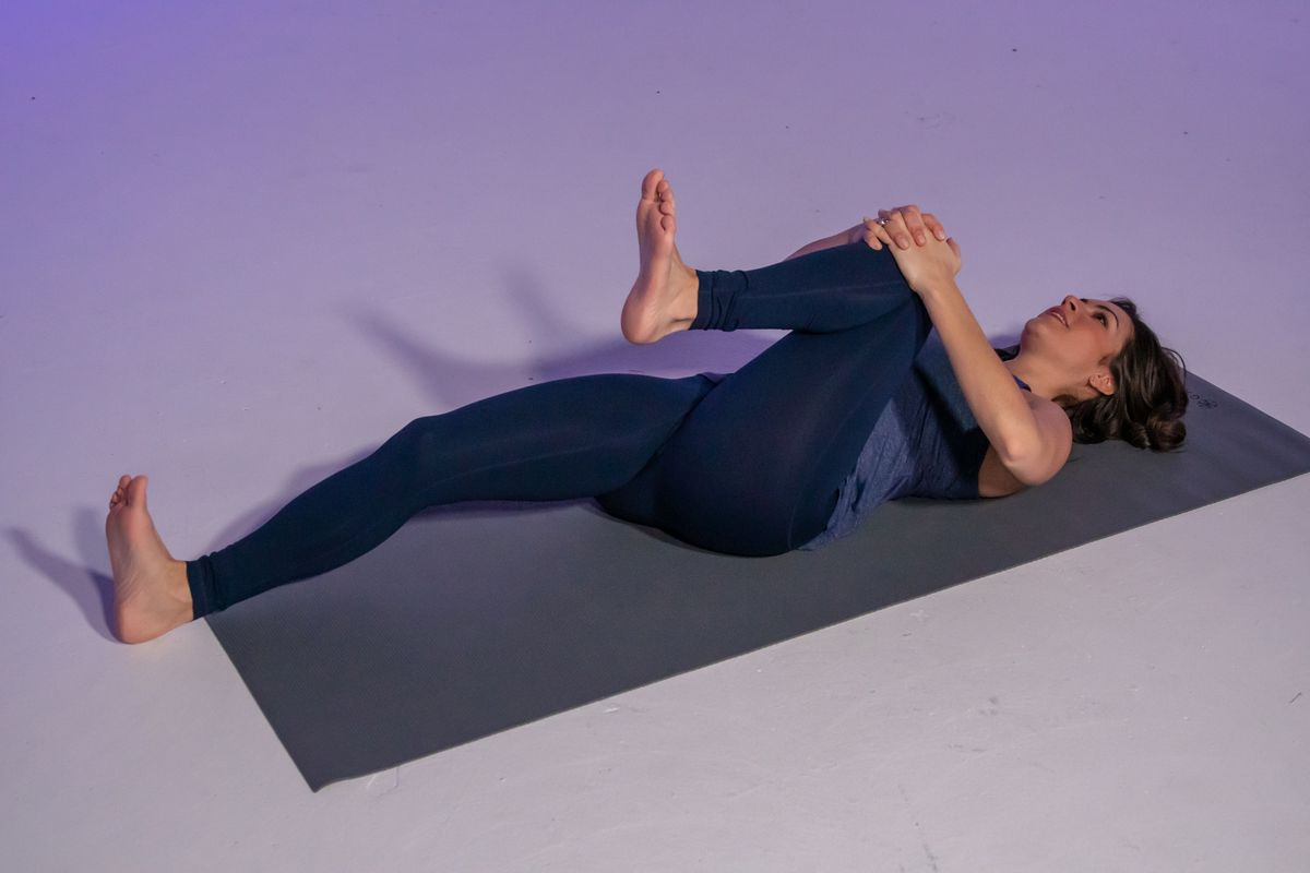 Yoga for digestion, bloating: Stephanie Mansour shares 3 ...