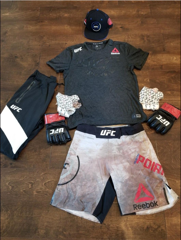 Dustin Poirier UFC Norfolk fight gear