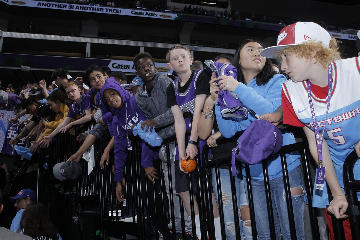 Kings Fans Join The Sactown Royalty Fanpulse Sactown Royalty