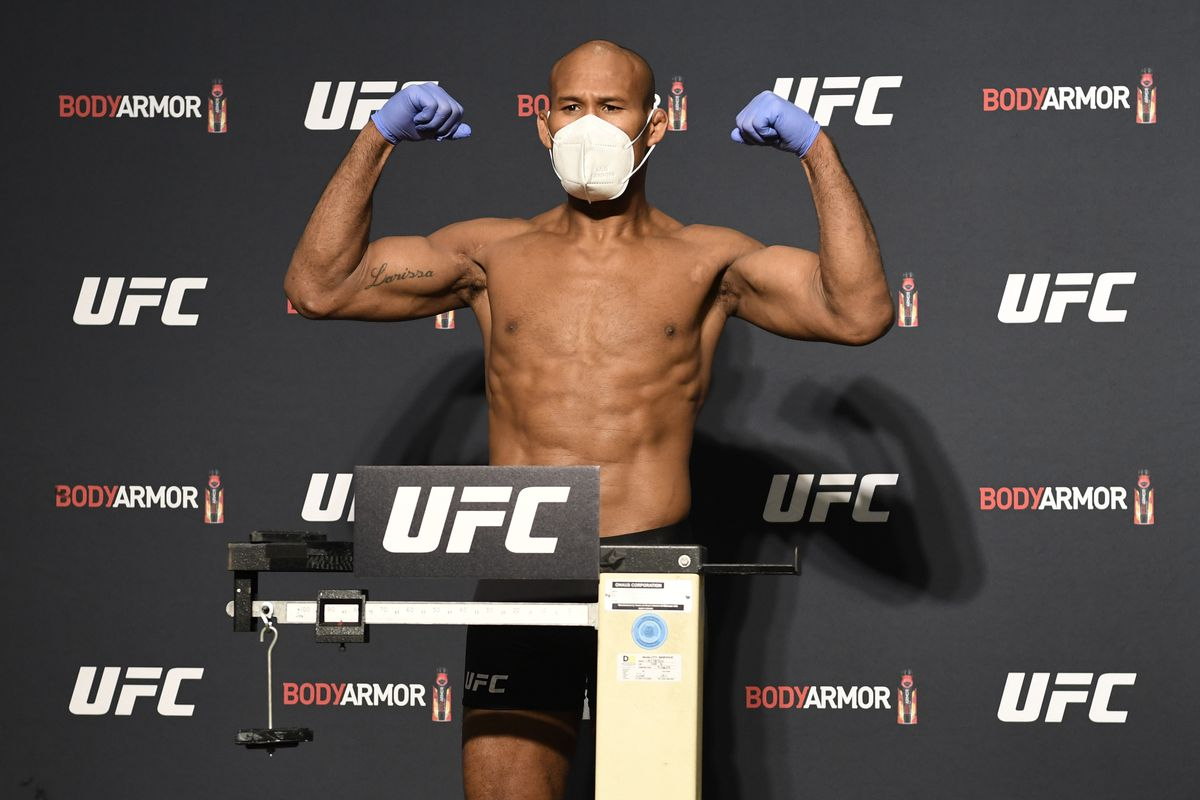 Ronaldo 'Jacare' Souza poses on the scale during the UFC 249 official weigh-in on May 08, 2020 in Jacksonville, Florida.