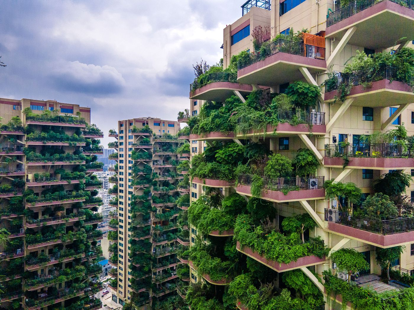 Skyscrapers Dripping In Gardens Look Great Until The Mosquitoes Swarm Curbed