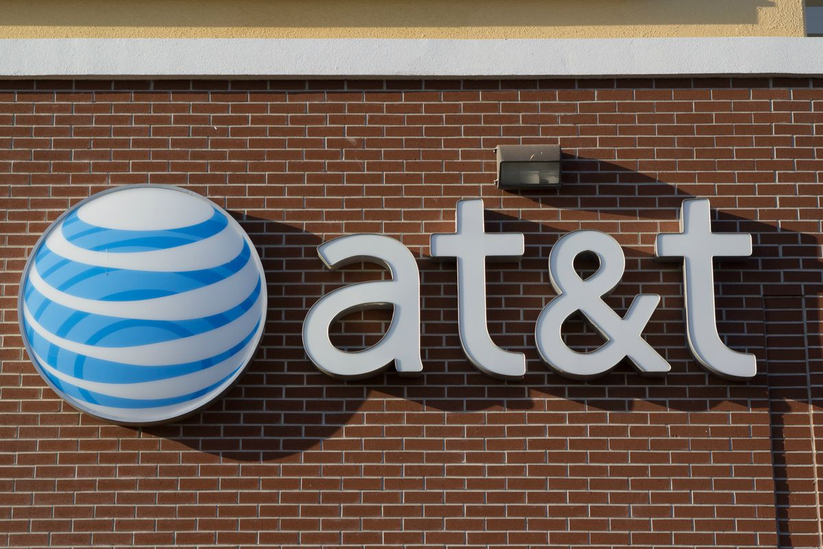 AT&T Adds Nearly Two Million Subscribers Amid Tablet