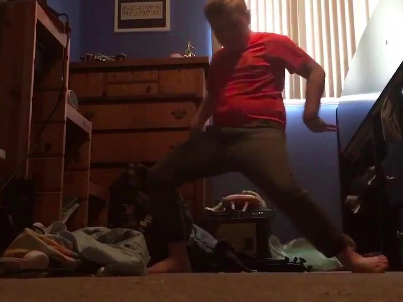 Fortnite S Orange Shirt Kid Gets Justice After New Dance Added To