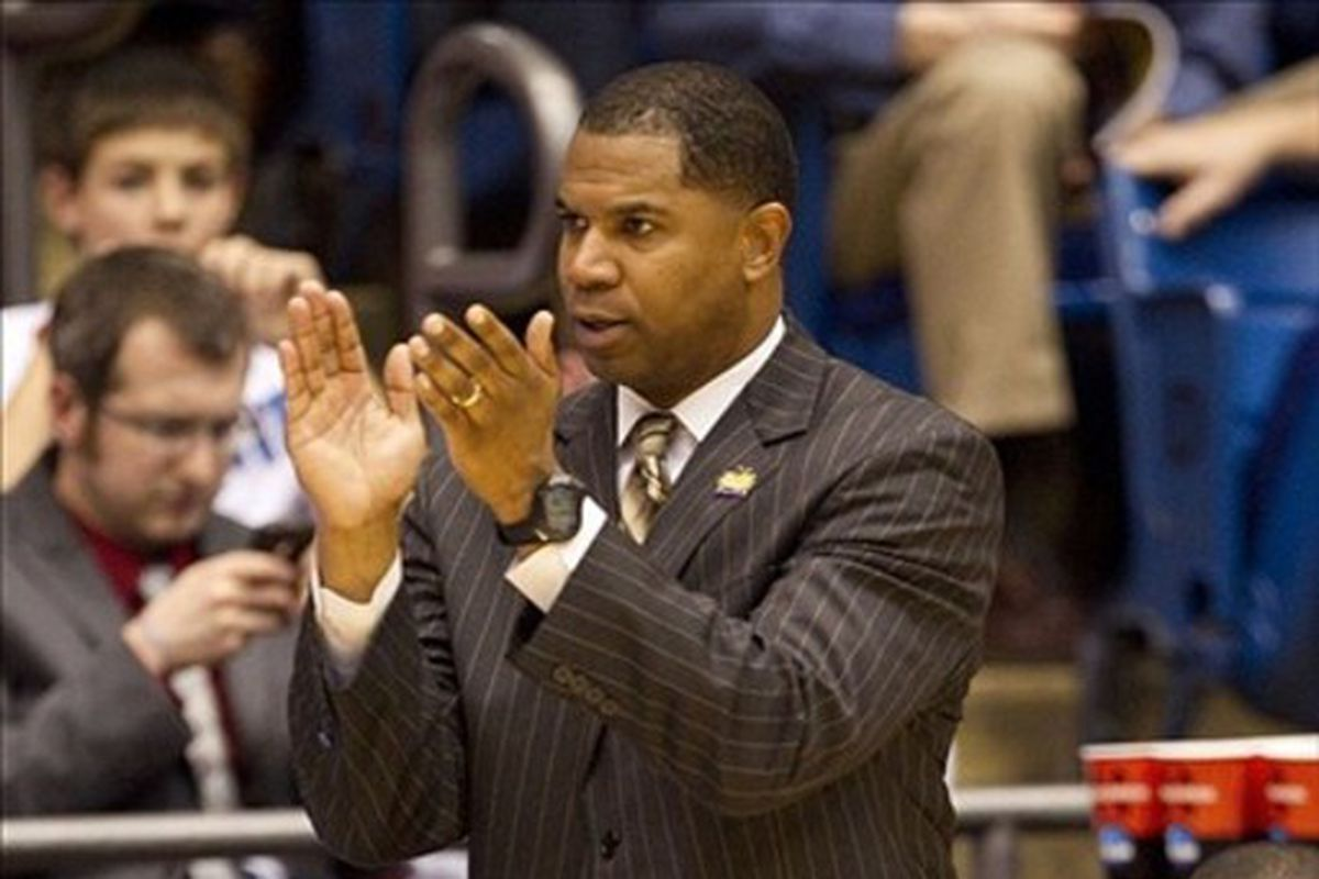Sean Woods, Unforgettable and new coach of the Morehead St. Eagles.