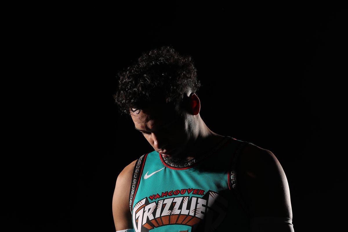 Memphis Grizzlies Portrait Shoot in Vancouver Uniform