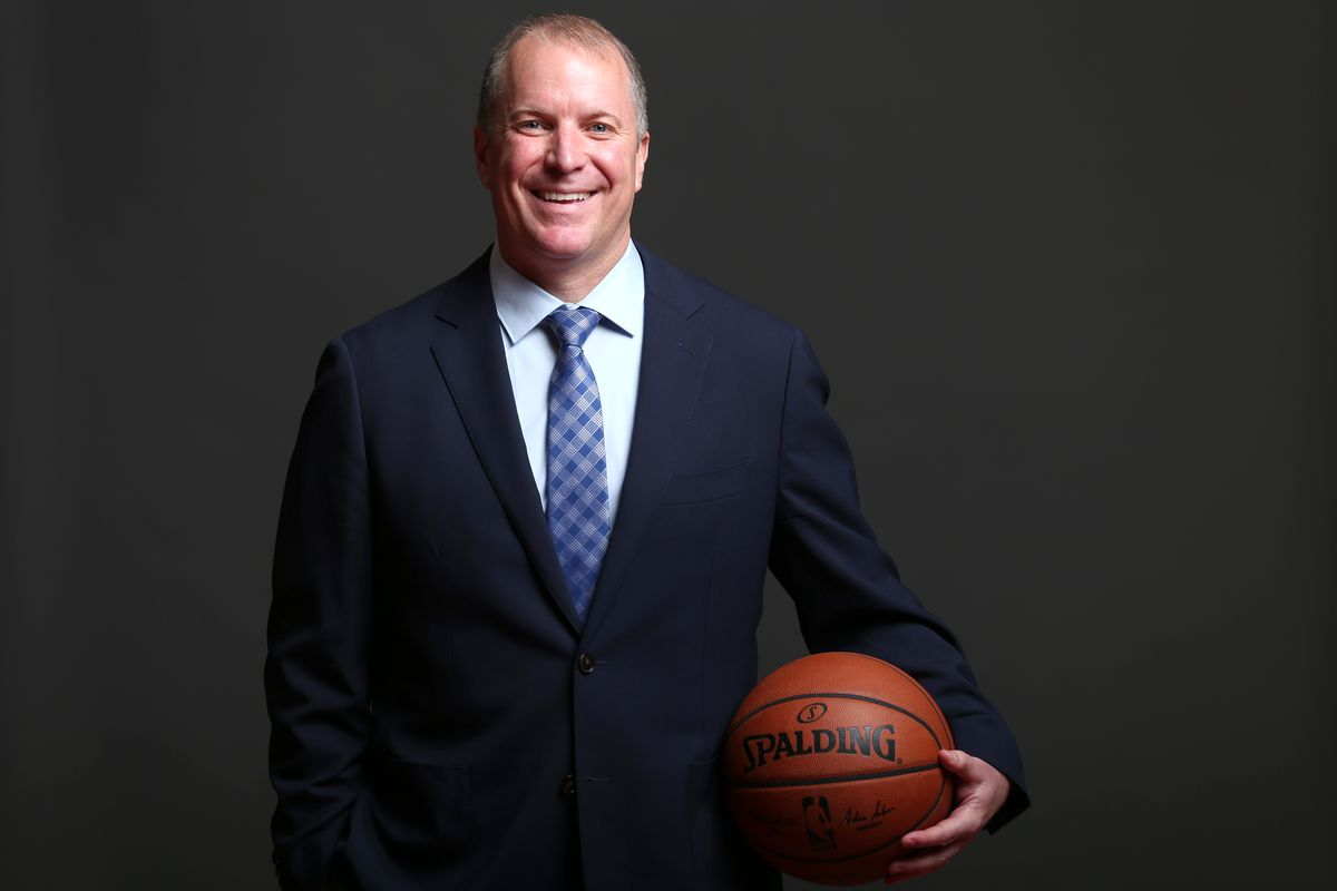 Monumental Basketball Portraits