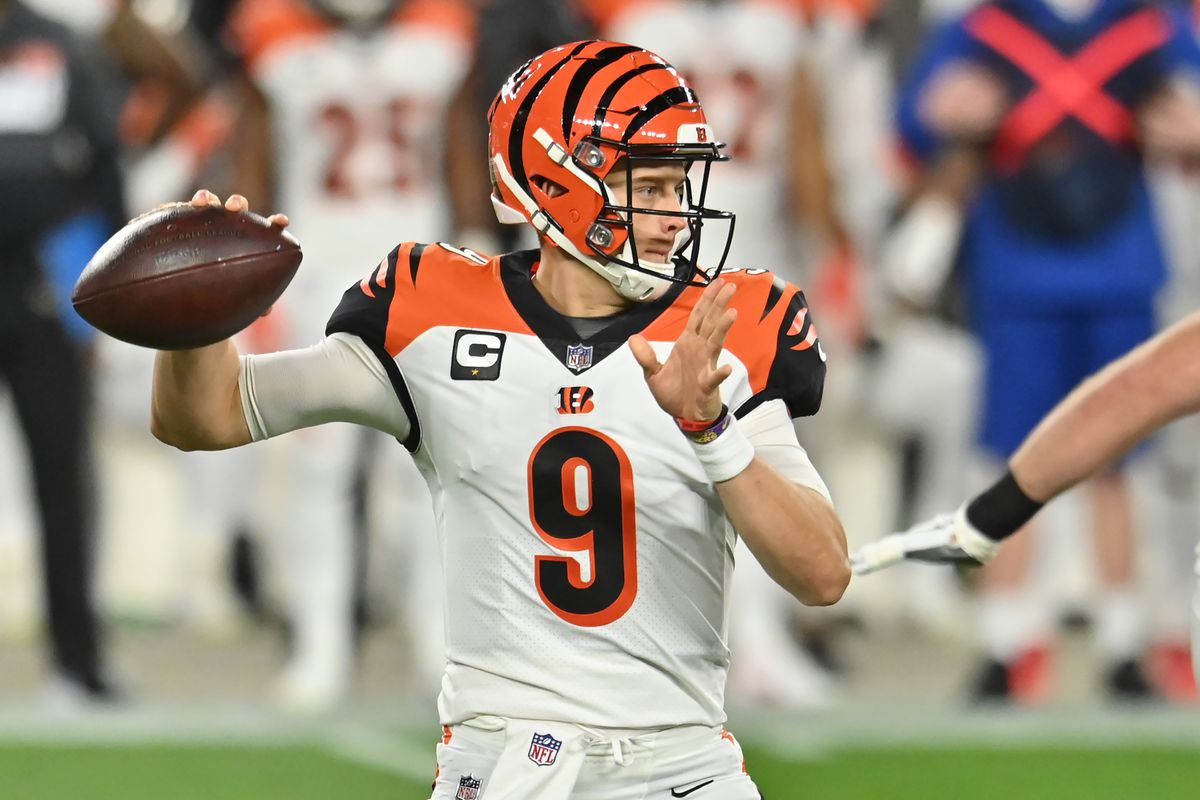 Bengals quarterback Joe Burrow throws a pass during the first half against the Cleveland Browns at FirstEnergy Stadium.