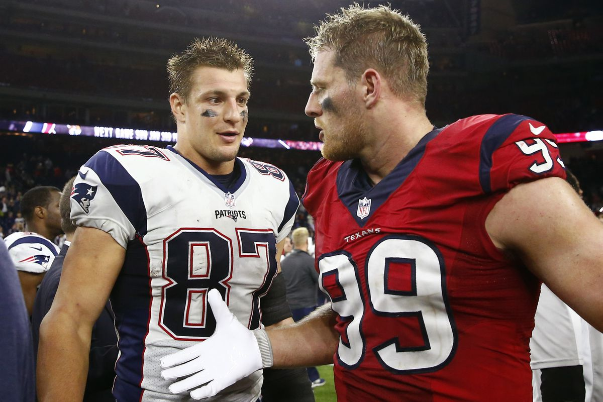 Face of the NFL es down to Rob Gronkowski vs J J Watt