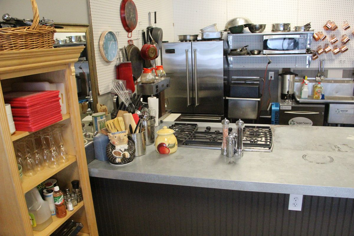A kitchen space in a cooking school.