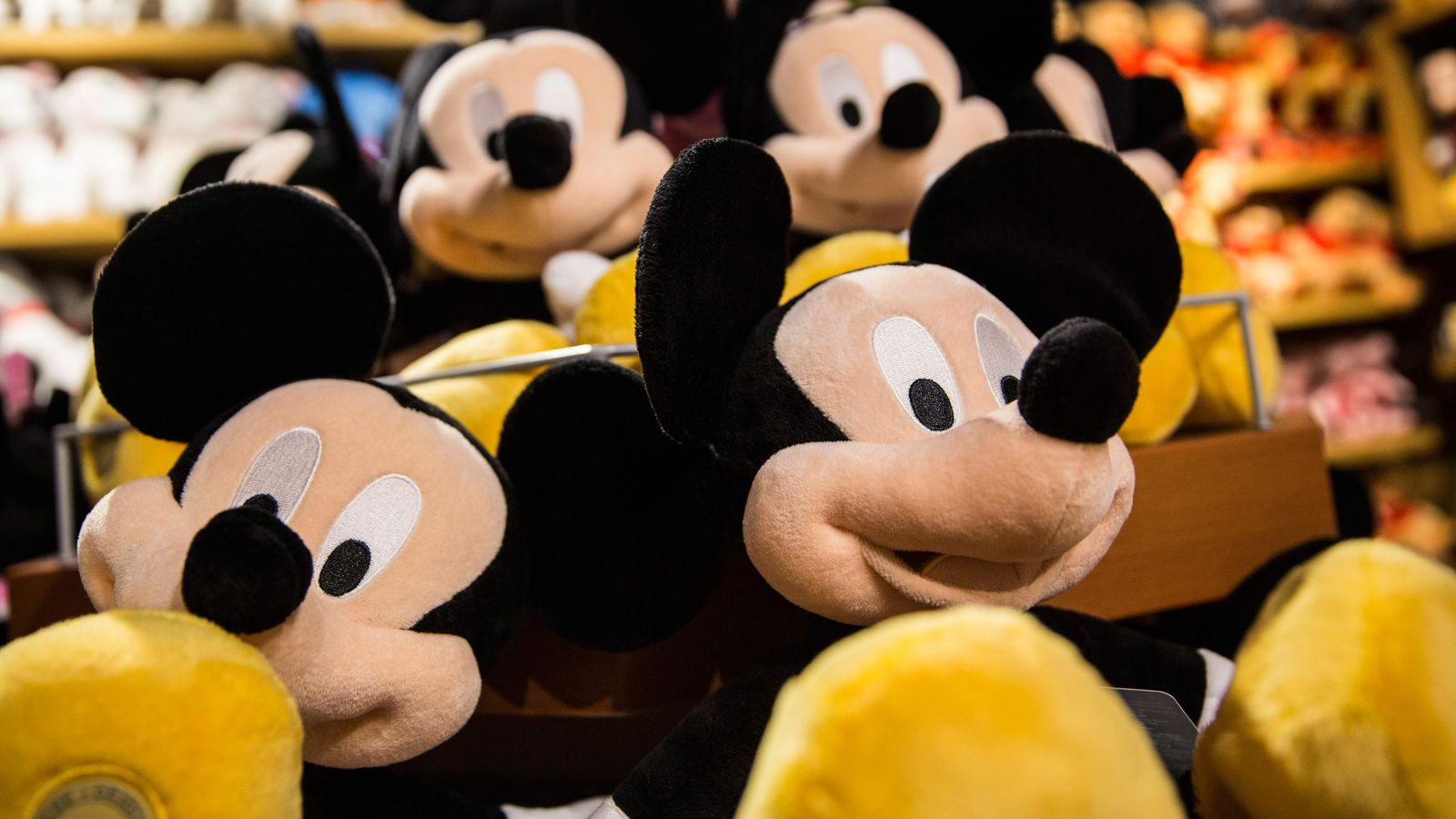 Disney to end Netflix deal and launch its own streaming ...