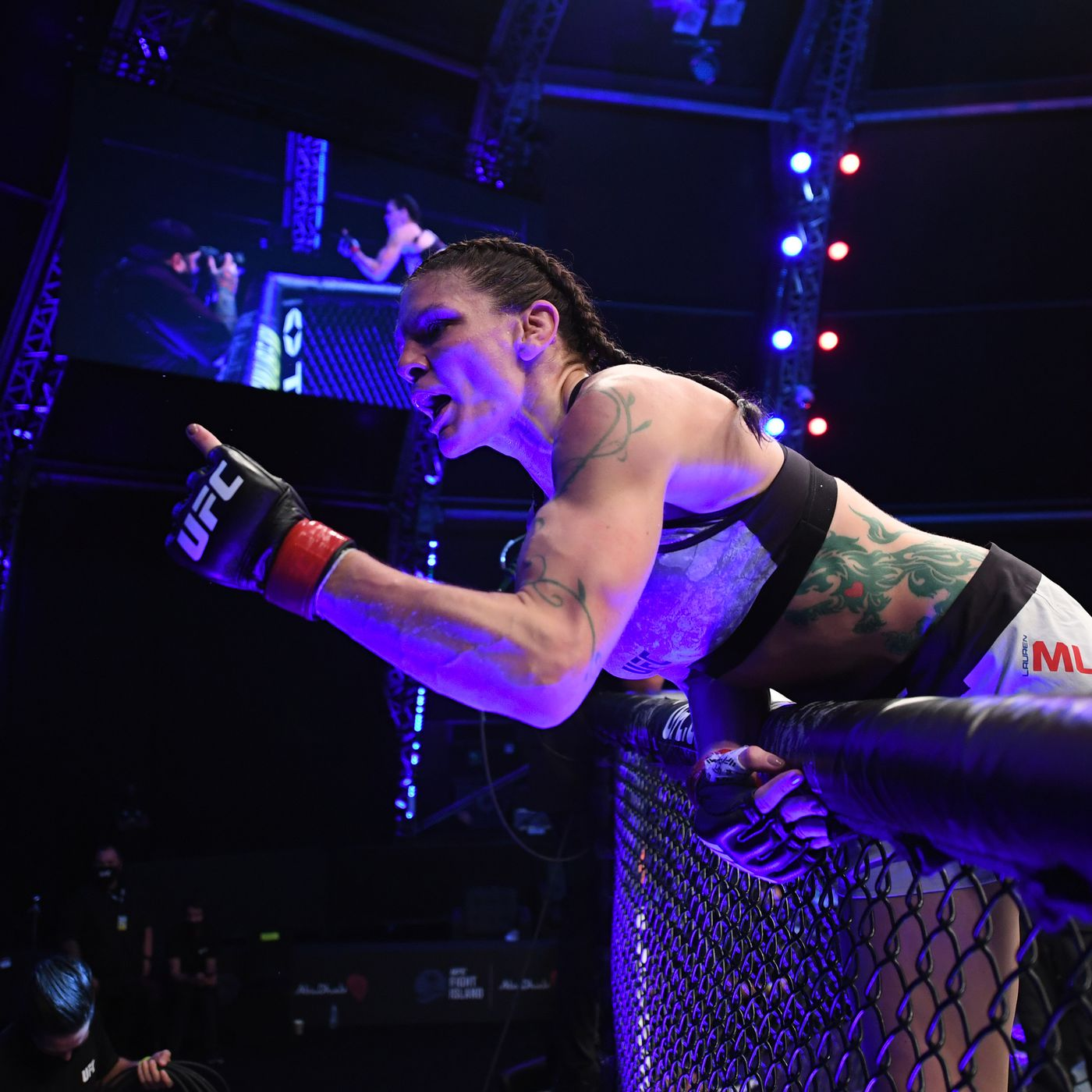 UFC 254 results: Lauren Murphy calls for title shot after tapping out  Liliya Shakirova with rear-naked choke - MMA Fighting