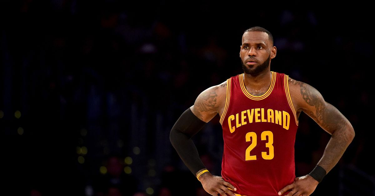 LeBron James agrees to 4-year deal with the Lakers. He really did it