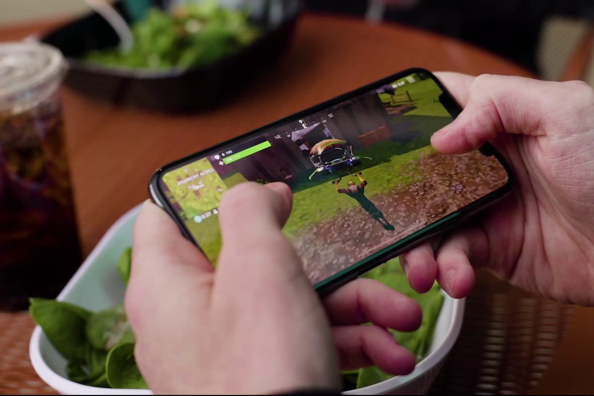 Fortnite being played on an iPhone X