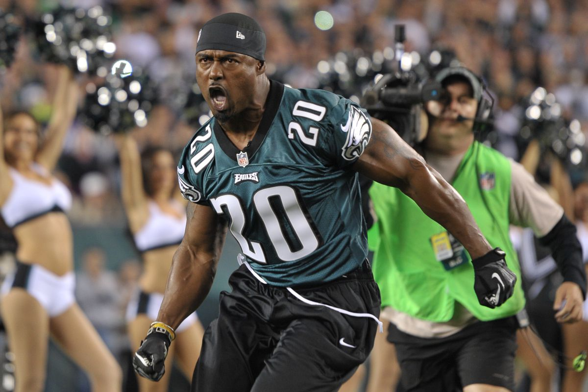 Brian Eagles Dawkins Nfc Named Championship Montgomery For Green Honorary - Wilbert Captains Game Nation Bleeding And