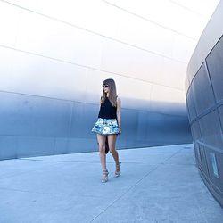 "Jenny of <a href=""http://margoandme.com""target=""_blank"">Margo and Me</a> is wearing Keepsake <a href=""http://fashionbunker.com/shop/clothing/shorts/star-crossed-shorts-leopard-print?color=leopard+print&size=XS&UniqueId=n-mk9adtmhe--1172747953""target=""_bla"