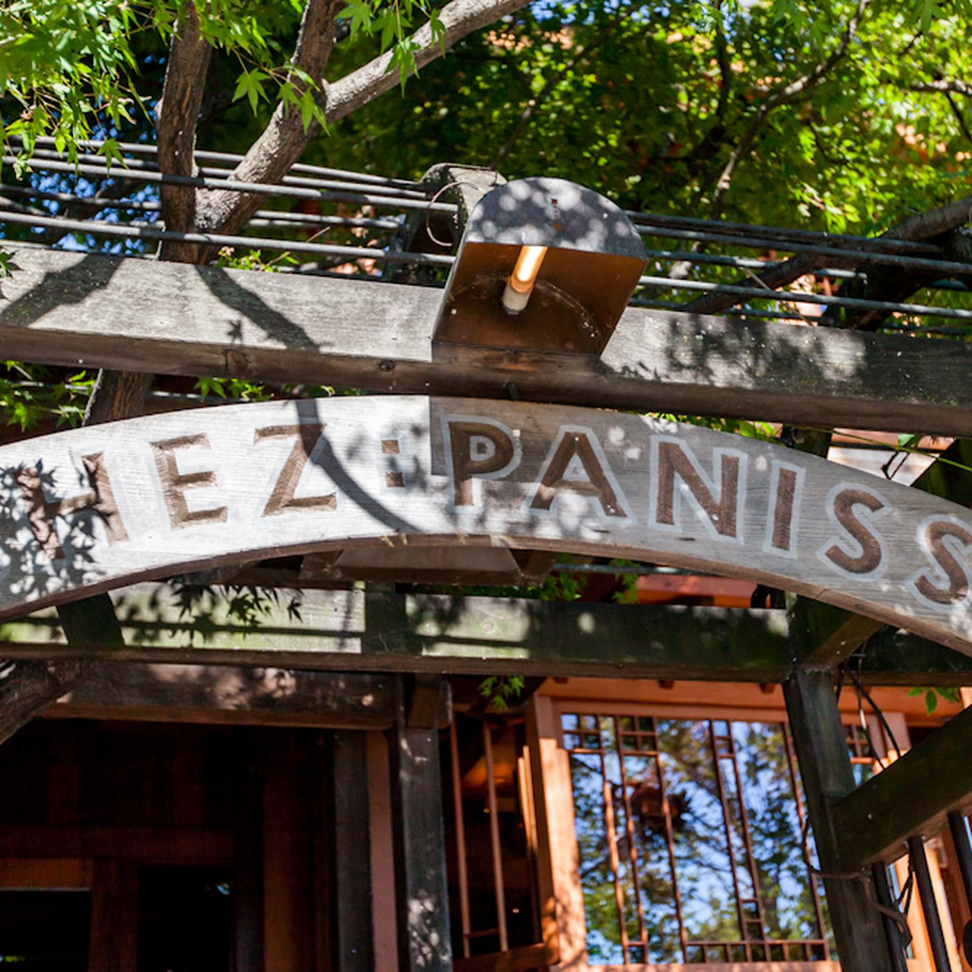 eater.com - Eve Batey - Chez Panisse Sues Insurance Company Over COVID-19 Coverage