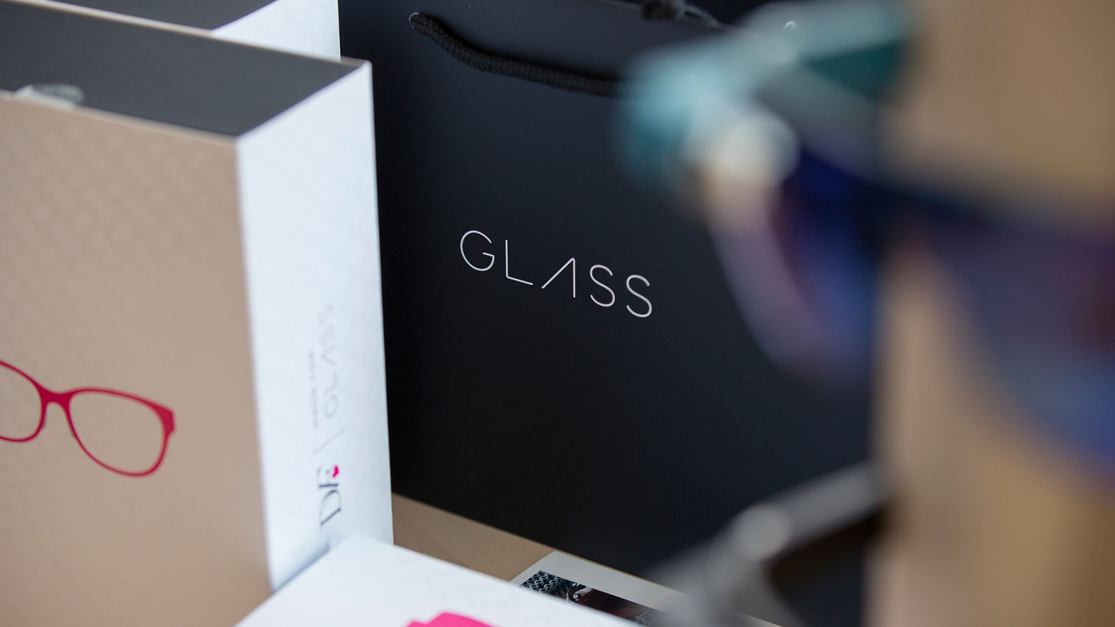 Google Glass pioneer moves to Amazon