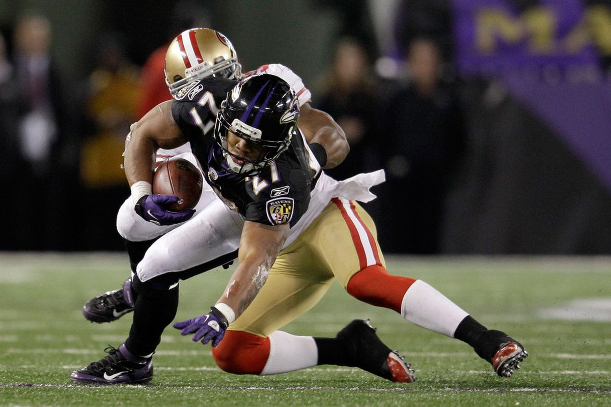BALTIMORE, MD - NOVEMBER 24:  NaVorro Bowman #53 of the San Francisco 49ers tackles  Ray Rice #27 of the Baltimore Ravens during the second half at M&T Bank Stadium on November 24, 2011 in Baltimore, Maryland.  (Photo by Rob Carr/Getty Images)
