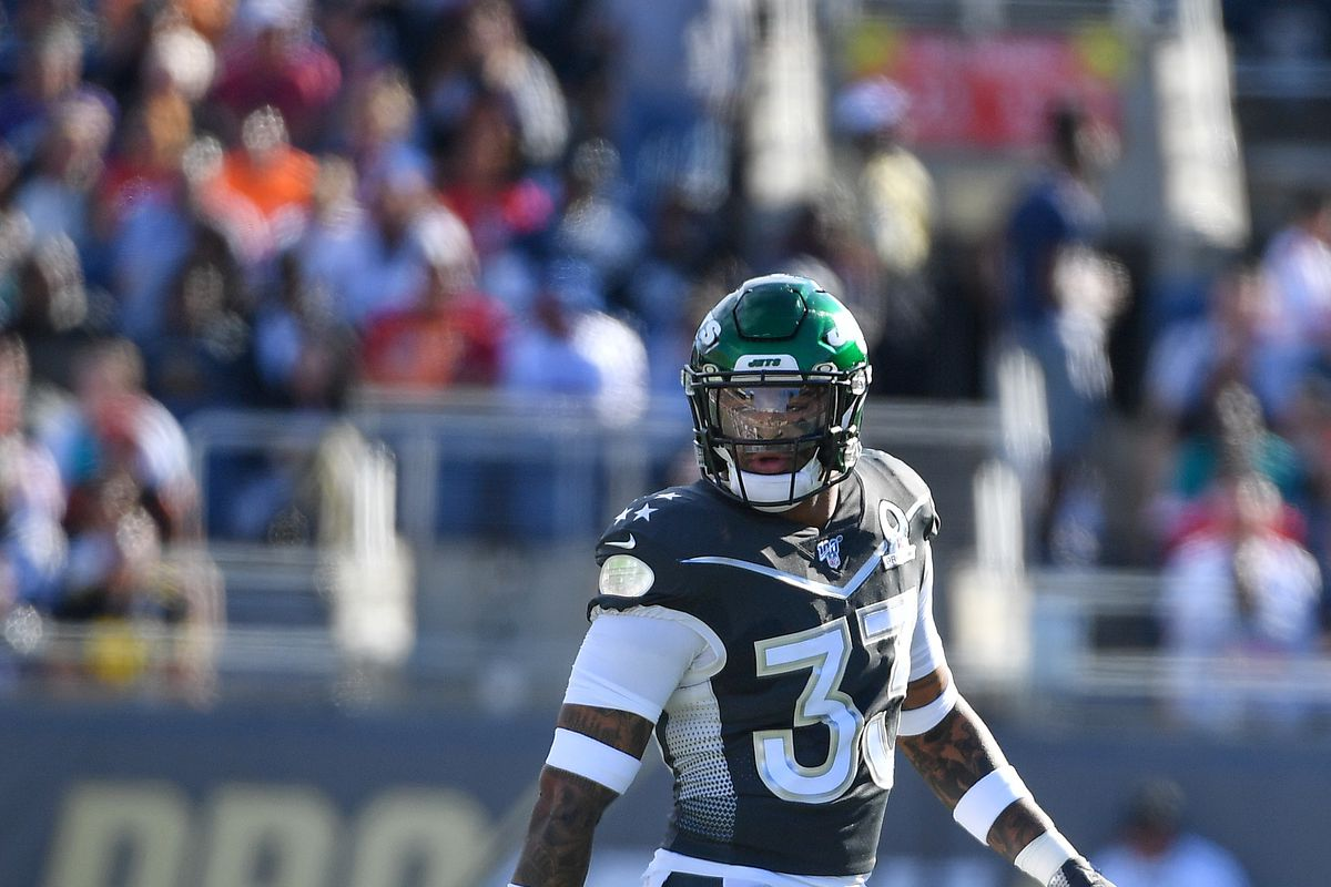 Jamal Adams of the New York Jets in action during the 2020 NFL Pro Bowl at Camping World Stadium on January 26, 2020 in Orlando, Florida.