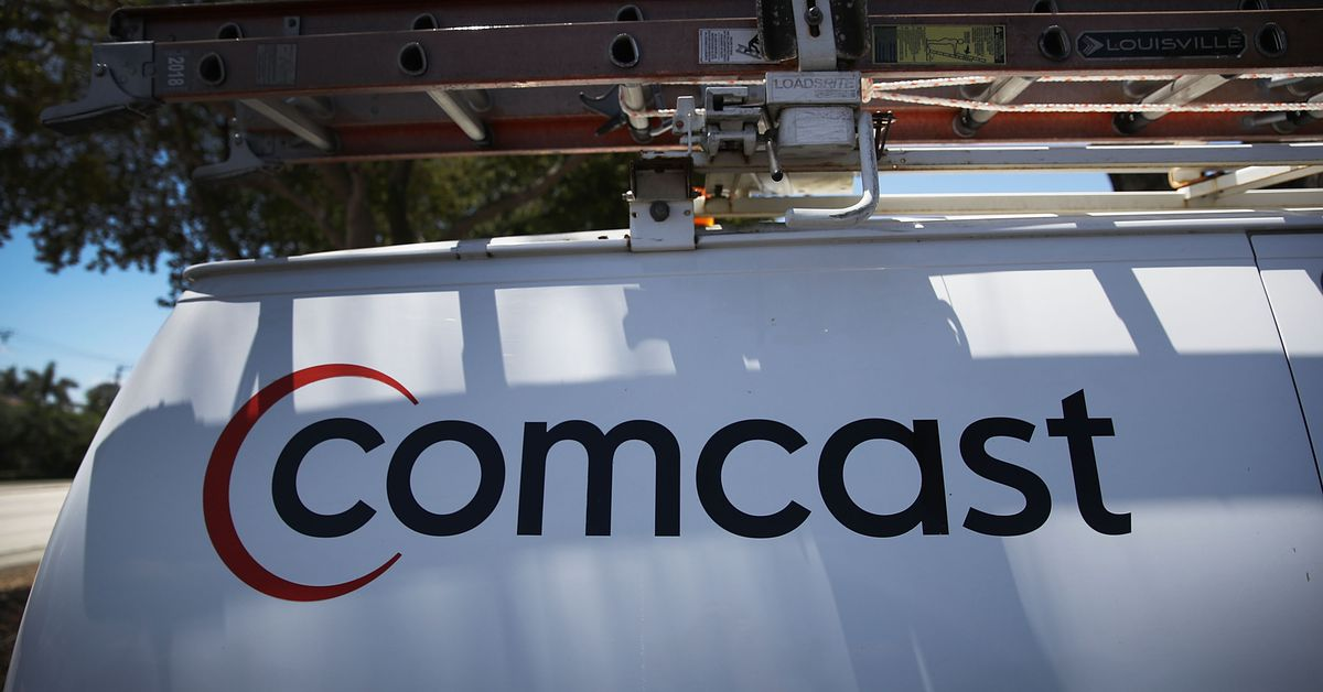 photo image Comcast says it won't throttle heavy internet users — for now