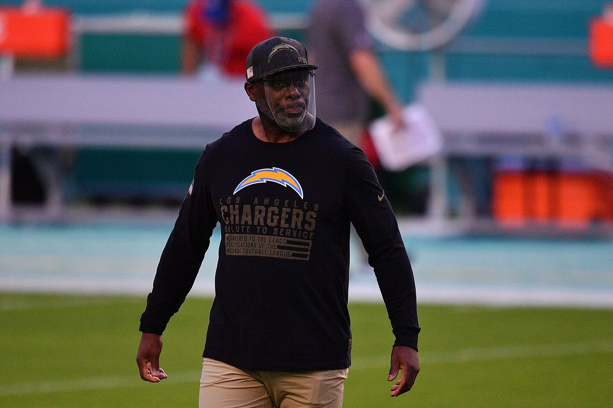 Head coach Anthony Lynn of the Los Angeles Chargers looks on during warmups prior to the game against the Miami Dolphins at Hard Rock Stadium on November 15, 2020 in Miami Gardens, Florida.