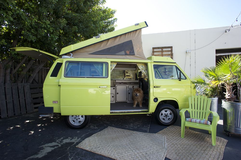 5ca288f2c60ab0 A 1984 Automatic Vanagon Westfalia Pop-Top available to rent from Vintage  Surfari Wagons. Courtesy of Vintage Surfari Wagons