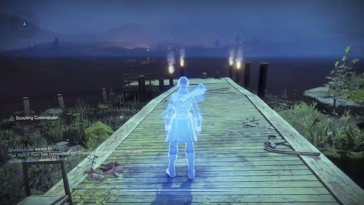 Destiny 2 - Scouting Commander glowing blue