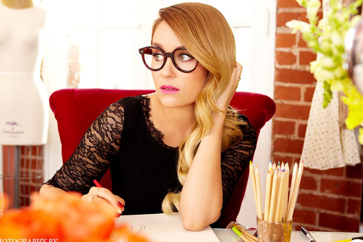 "Image via <a href=""http://news.stylecaster.com/lauren-conrad-takes-us-inside-la-office-mogul/"">StyleCaster</a>"