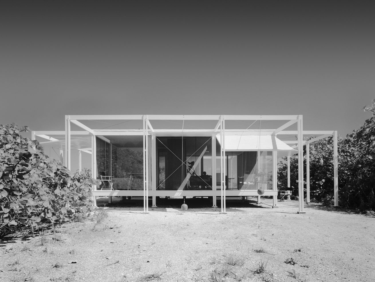 Paul Rudolph?s Walker Guest House is heading to auction