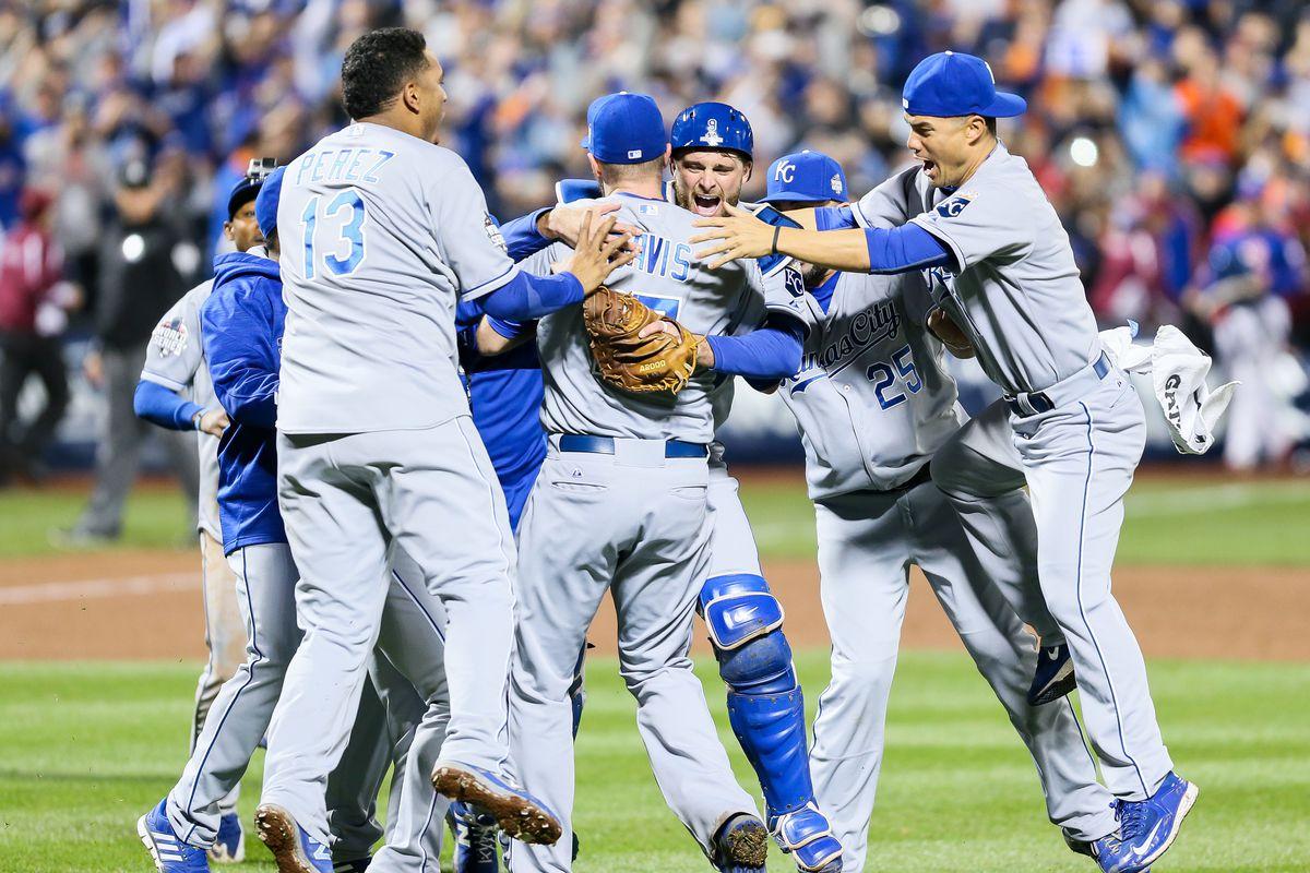 MLB: NOV 01 World Series - Game 5 - Royals at Mets