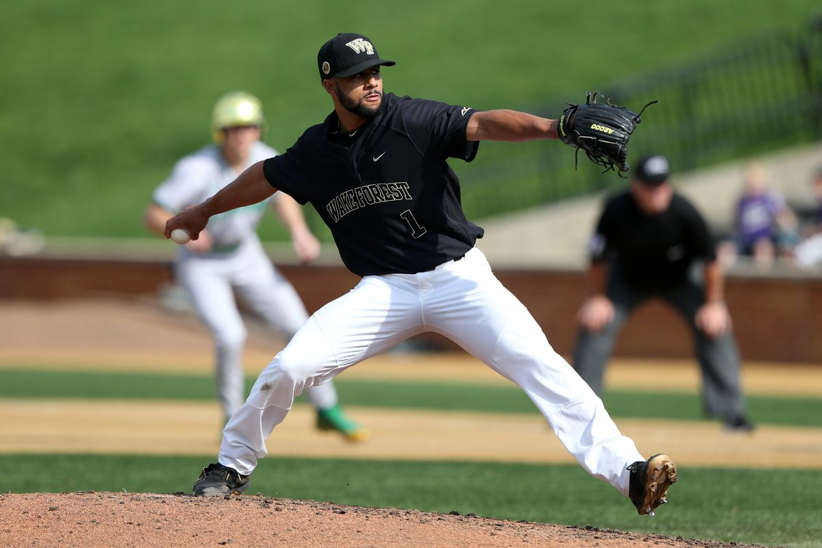 COLLEGE BASEBALL: APR 15 Notre Dame at Wake Forest