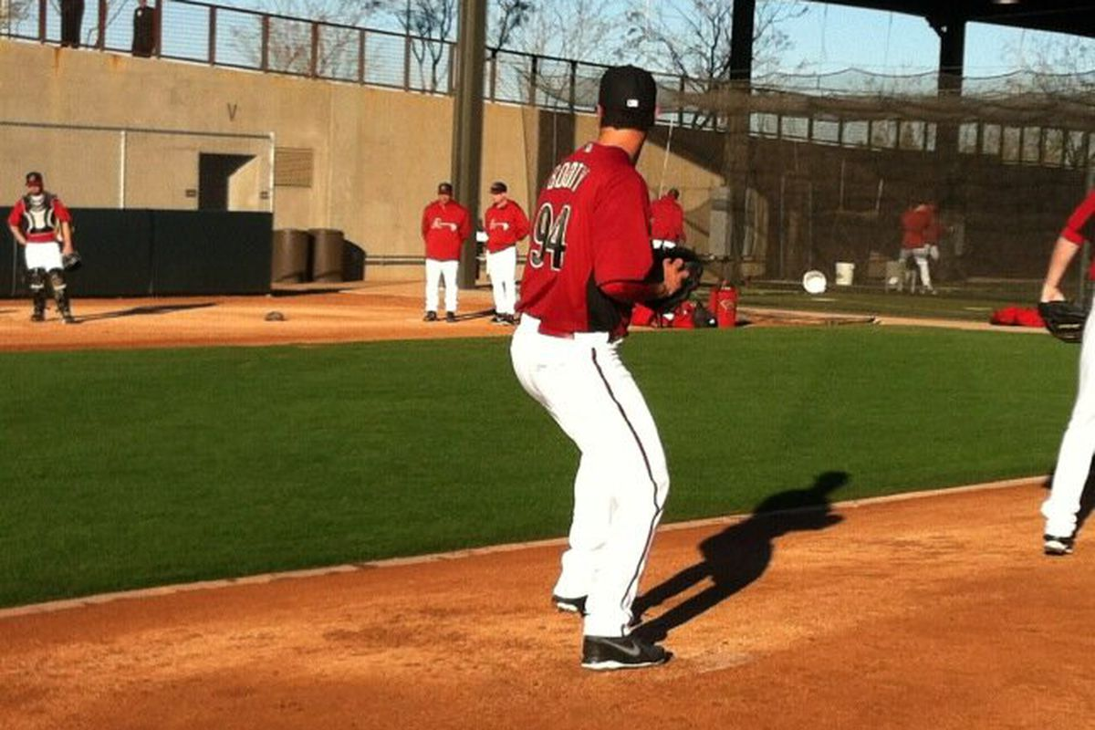 #Dbacks Josh Booty throwing a knuckleball during his bullpen session Saturday morning