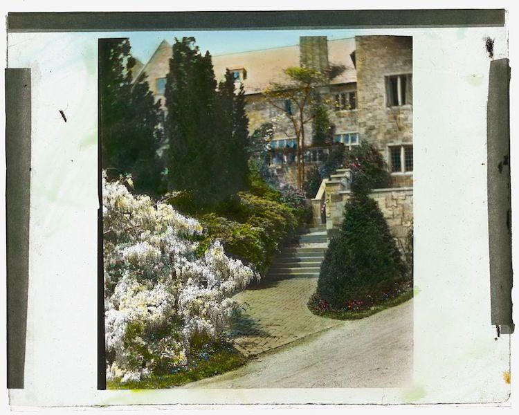 Killenworth Mansion landscaping
