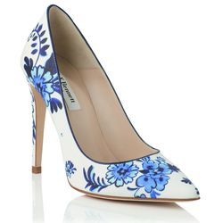 The Flora pump in China blue.