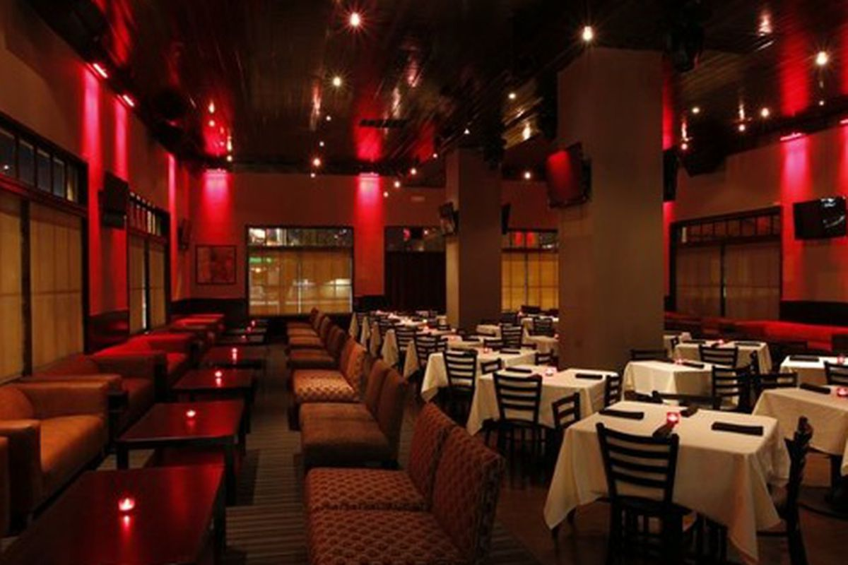 The dining room at Frank Ski's Restaurant and Lounge.
