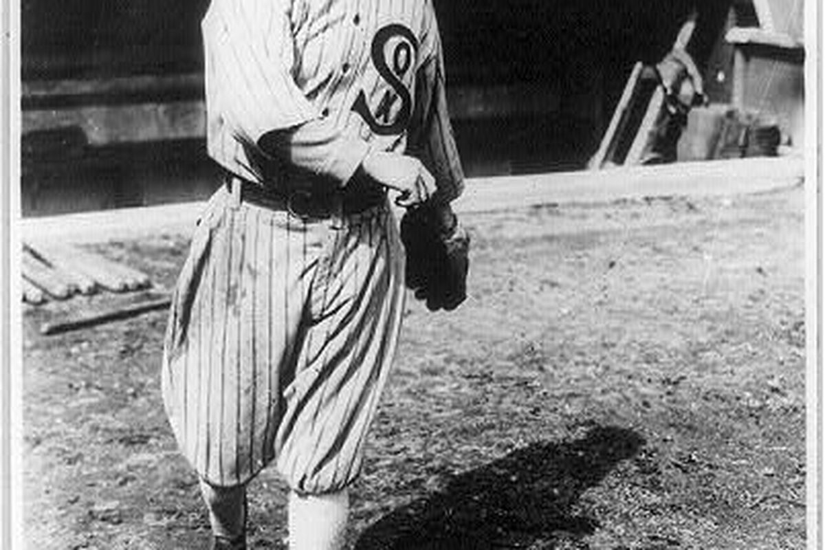 Eddie Cicotte in 1918. (Library of Congress)
