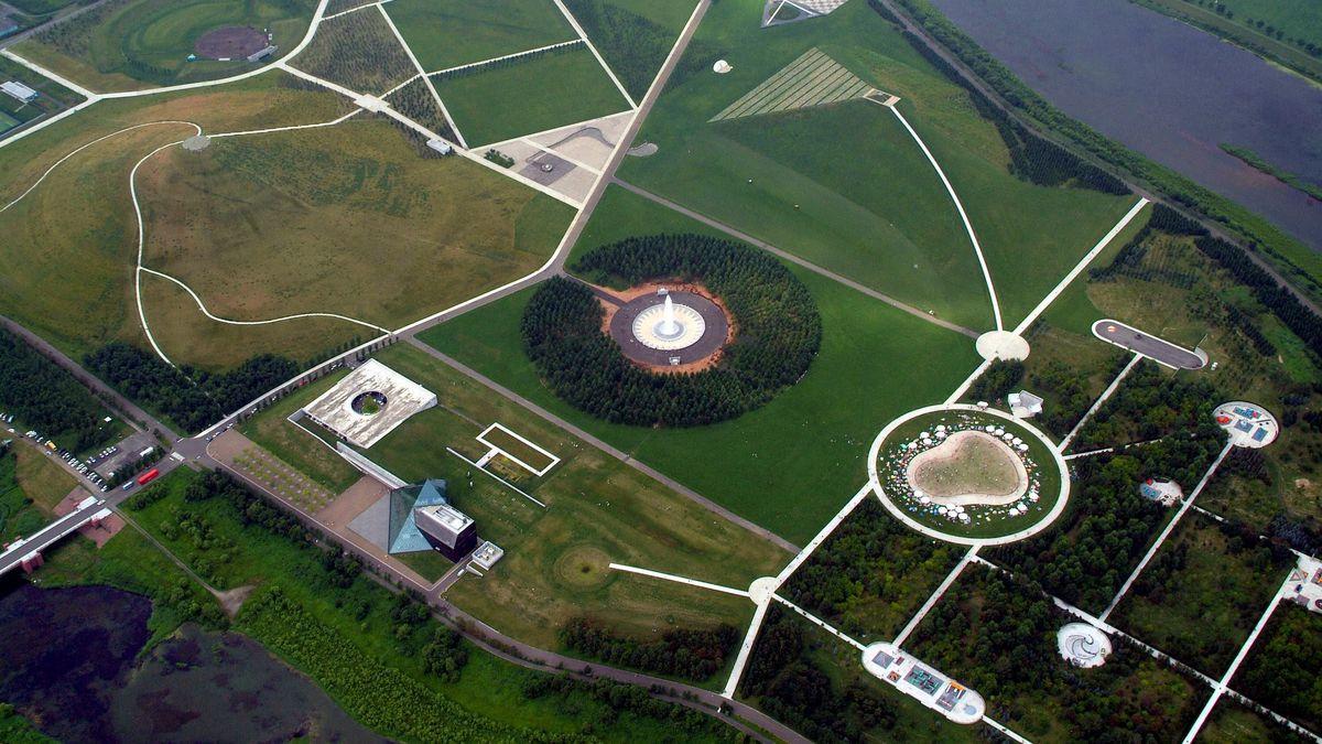 An aerial view of Moerenuma park.