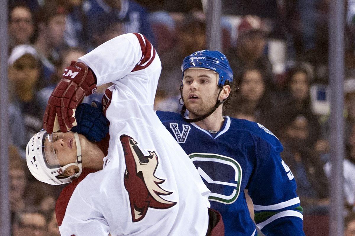I think Klinkhammer was Vulcan Nerve Pinched.  No penalty was called.