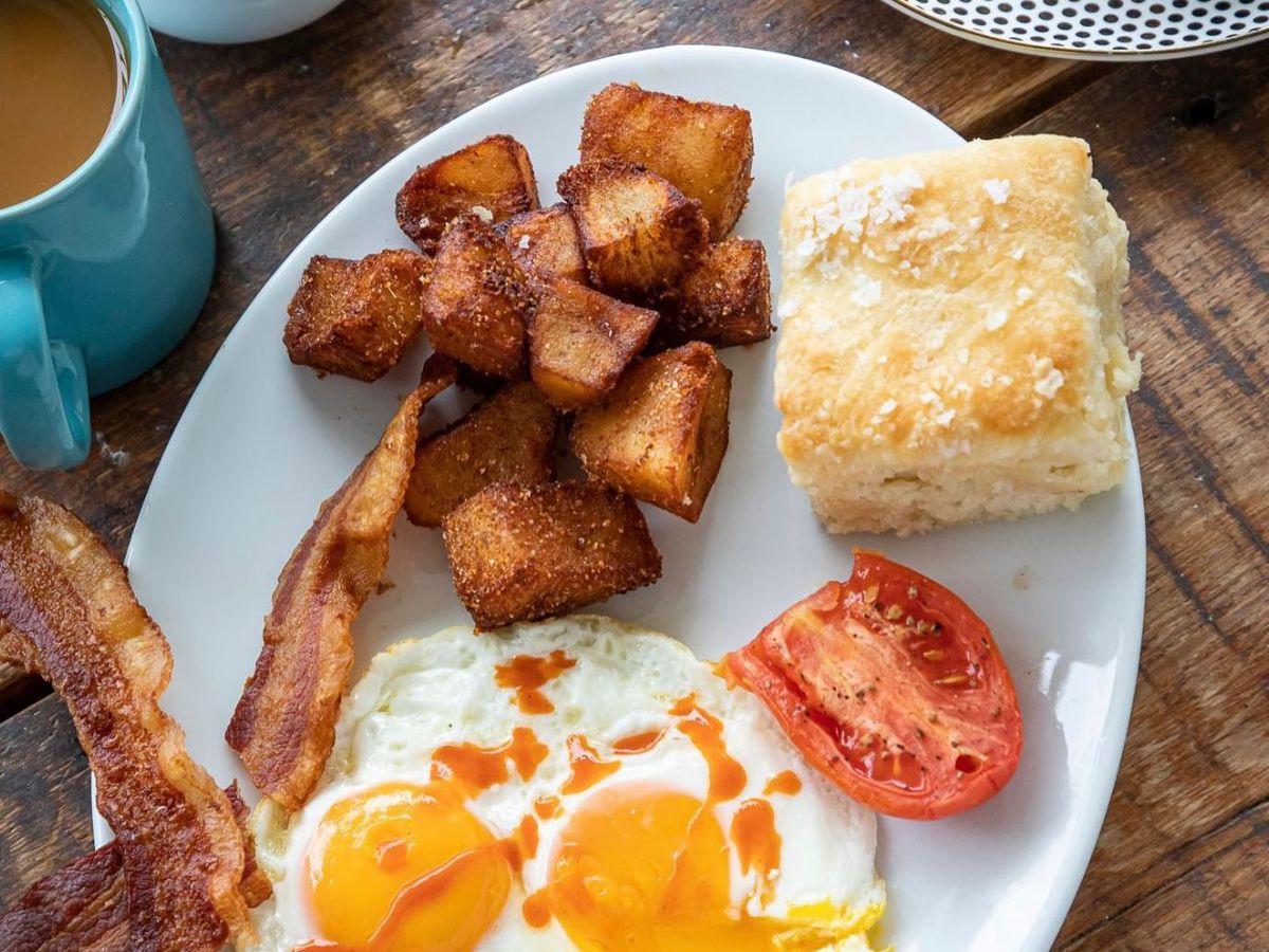 Breakfast at Millers