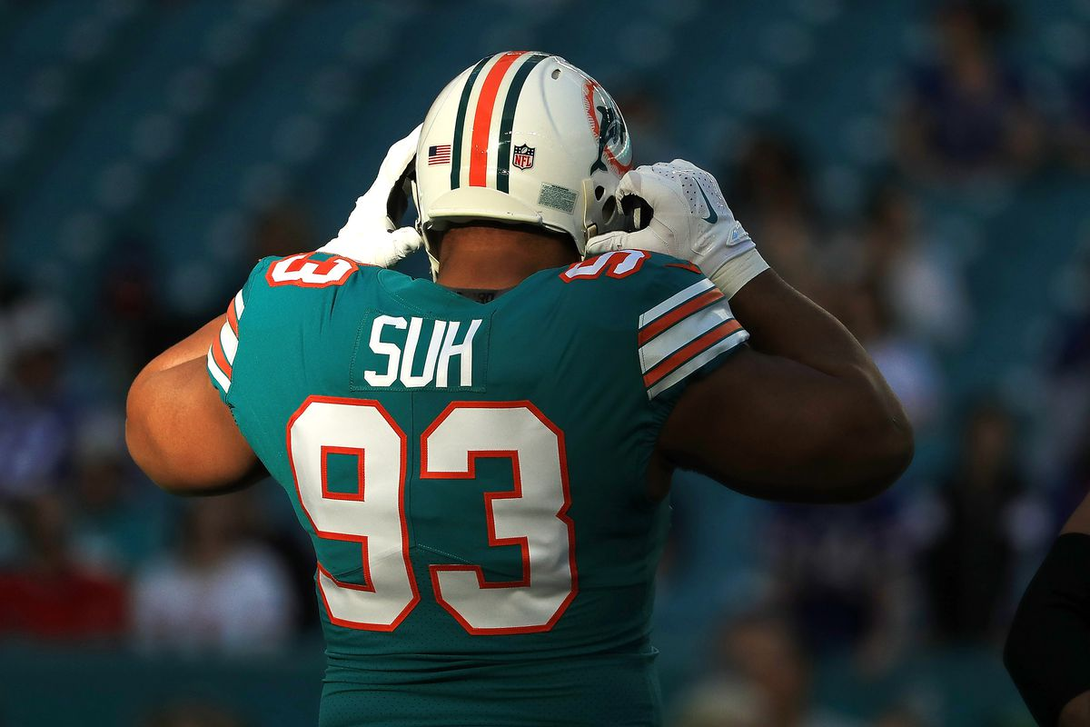 5410cad85d6 Ndamukong Suh signs with Rams for one-year - The Phinsider